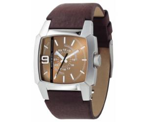 Часы от бренда Diesel